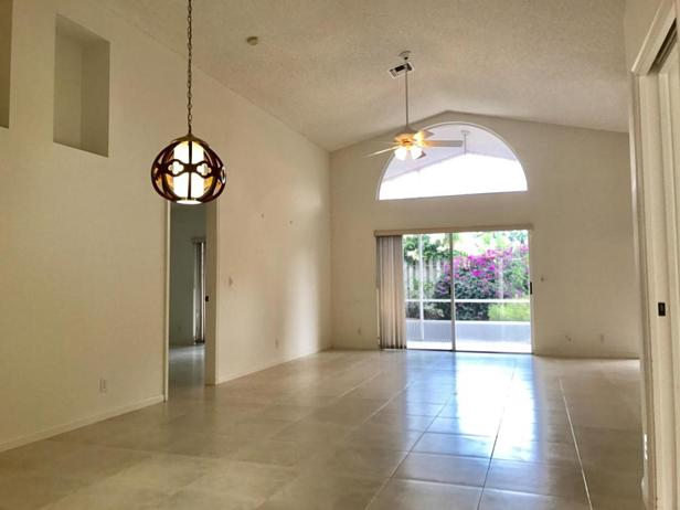 141 Stonebriar Boulevard  Real Estate Property Photo #2