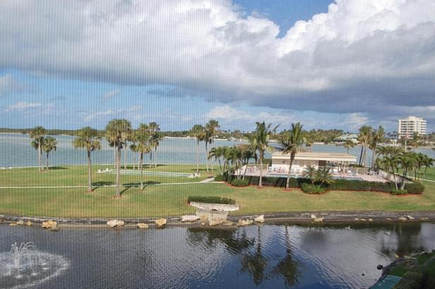 200 Intracoastal Place #303 Real Estate Property Photo #11