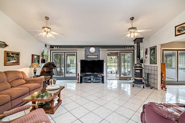 14880 Crazy Horse Lane  Real Estate Property Photo #6