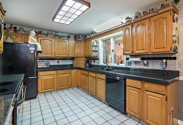 14880 Crazy Horse Lane  Real Estate Property Photo #11