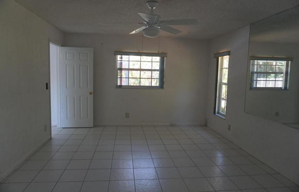 262 Tequesta Circle  Real Estate Property Photo #3