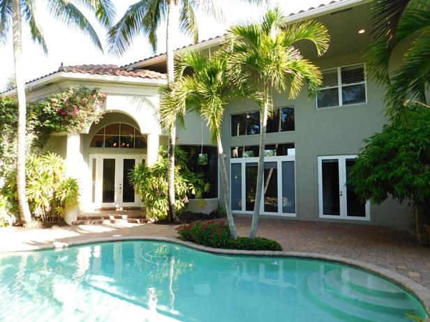 4129 Venetia Way  Real Estate Property Photo #2