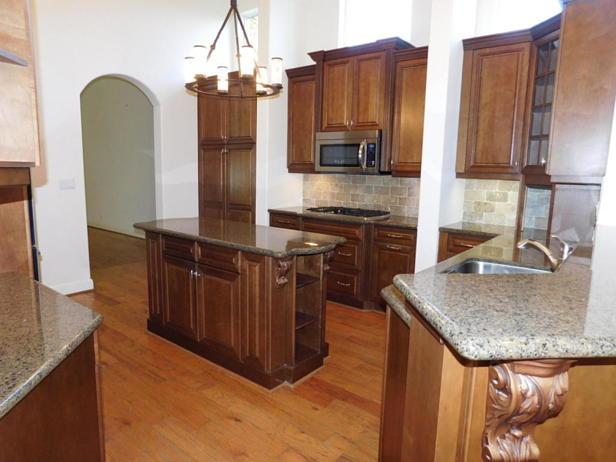4129 Venetia Way  Real Estate Property Photo #8