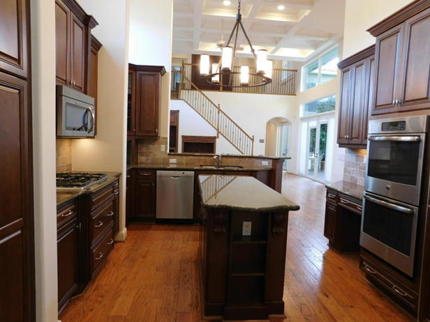 4129 Venetia Way  Real Estate Property Photo #9