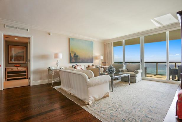 2700 N Ocean Drive #1903b Real Estate Property Photo #3