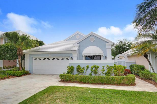 21 Wyndham Lane  Real Estate Property Photo #2
