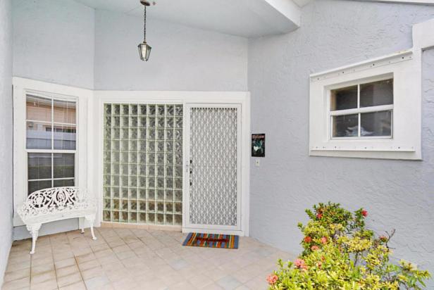 21 Wyndham Lane  Real Estate Property Photo #4