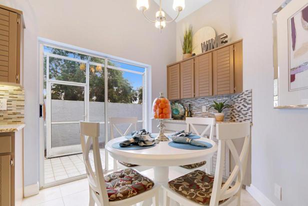 21 Wyndham Lane  Real Estate Property Photo #12