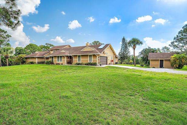 15290 69th Trail N Real Estate Property Photo #1