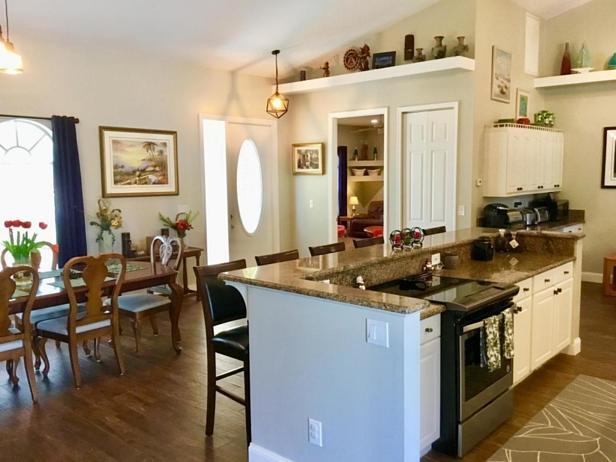7617 160th Lane N Real Estate Property Photo #2