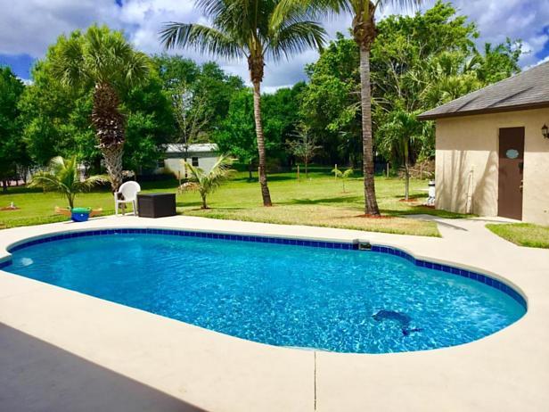 7617 160th Lane N Real Estate Property Photo #5