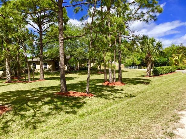 7617 160th Lane N Real Estate Property Photo #7