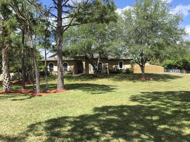 7617 160th Lane N Real Estate Property Photo #8
