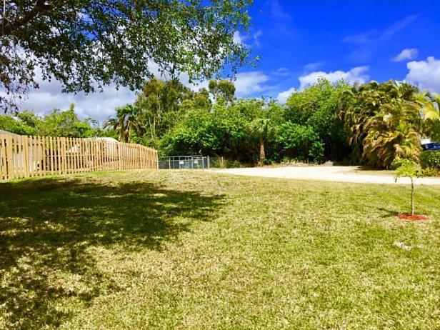 7617 160th Lane N Real Estate Property Photo #9