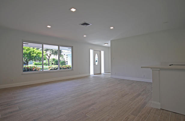 278 Country Club Drive  Real Estate Property Photo #7