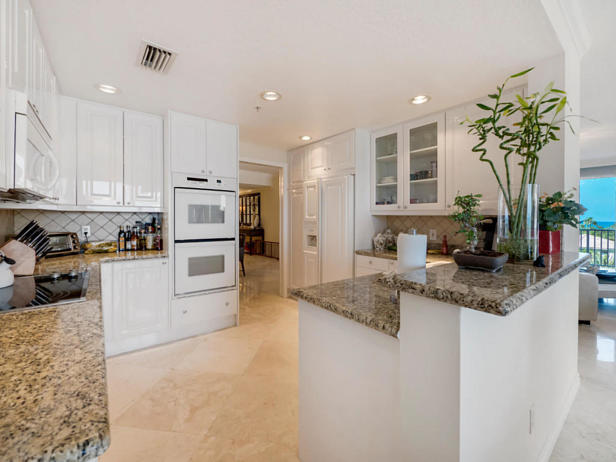700 Ocean Royale Way #401 Real Estate Property Photo #9