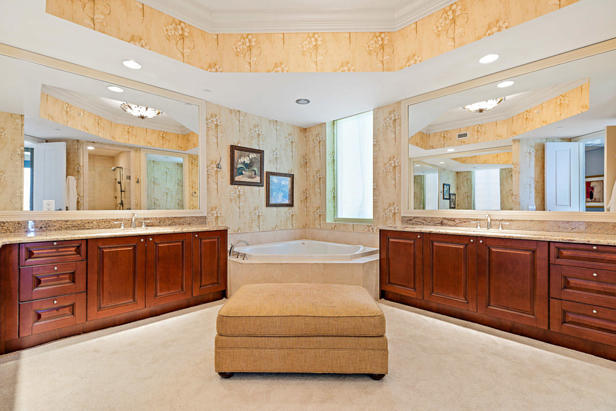 2700 N Ocean Drive #801-a Real Estate Property Photo #11