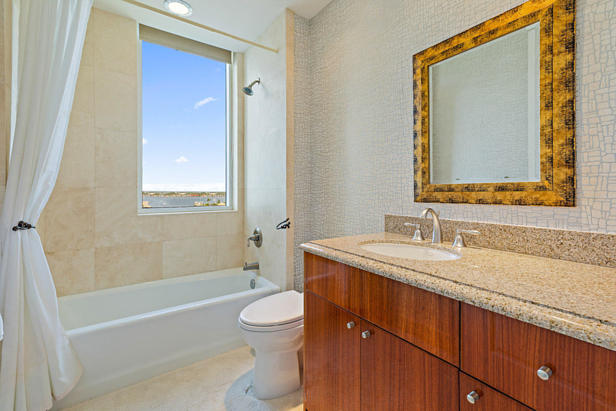 2700 N Ocean Drive #801-a Real Estate Property Photo #14