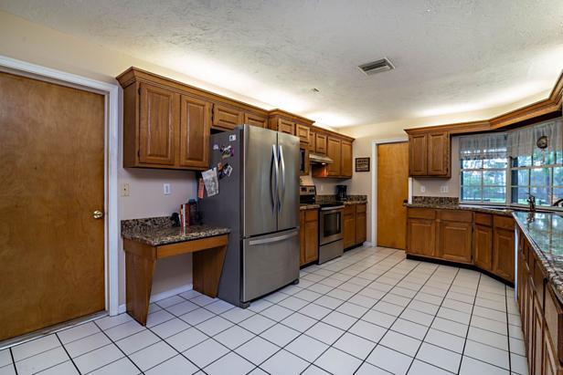 14333 Broken Wing Lane  Real Estate Property Photo #9