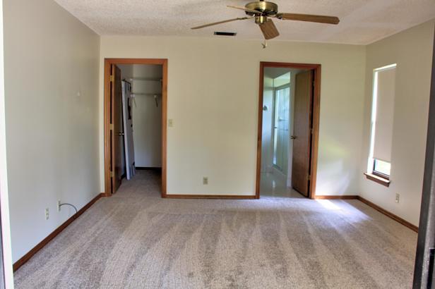 14720 Crazy Horse Lane  Real Estate Property Photo #15