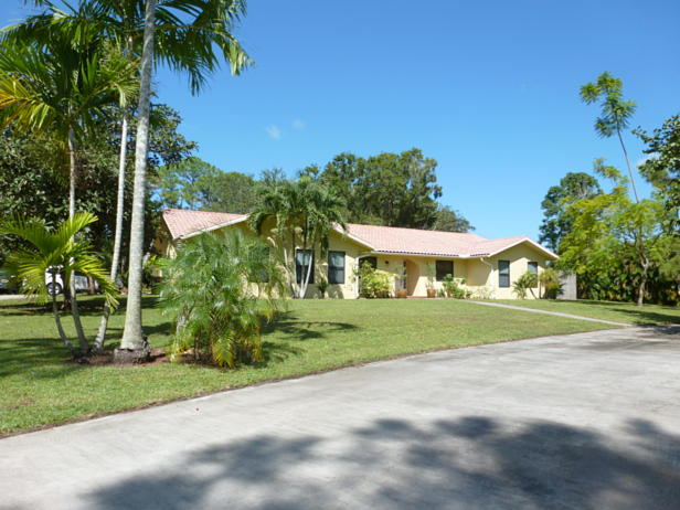 15171 74th Avenue N Real Estate Property Photo #1