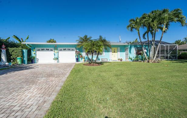 100 River Drive  Real Estate Property Photo #2