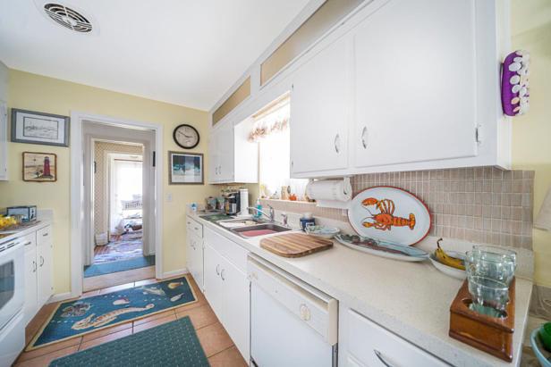 100 River Drive  Real Estate Property Photo #7