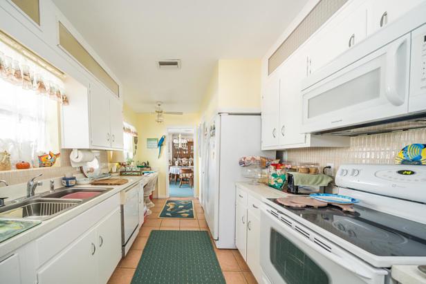 100 River Drive  Real Estate Property Photo #9