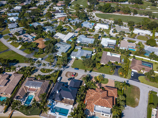 100 River Drive  Real Estate Property Photo #40