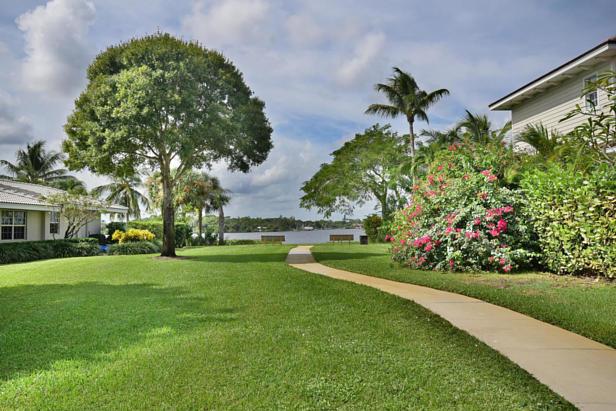 100 River Drive  Real Estate Property Photo #47