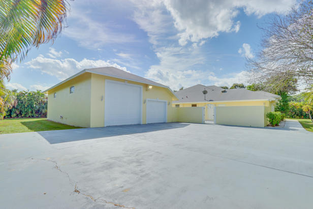 7752 163rd Court N Real Estate Property Photo #7
