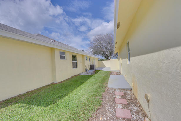 7752 163rd Court N Real Estate Property Photo #75