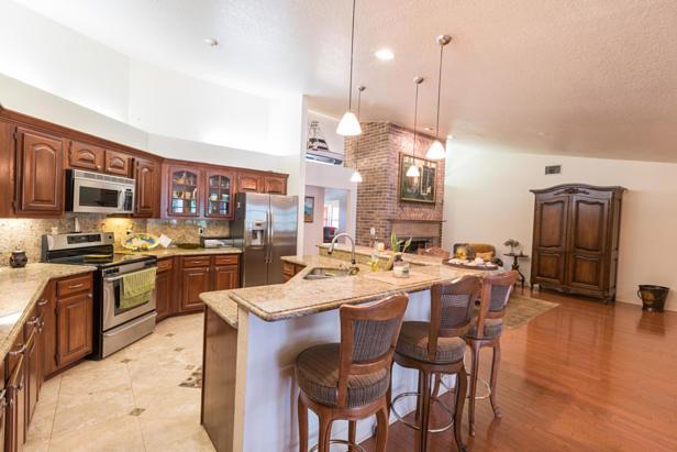 15215 N 80th Drive N Real Estate Property Photo #6