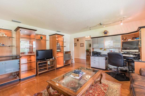 15215 N 80th Drive N Real Estate Property Photo #9
