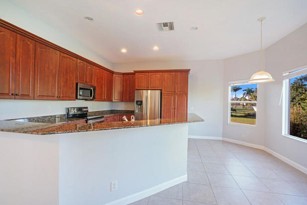 16383 73rd Terrace N Real Estate Property Photo #9