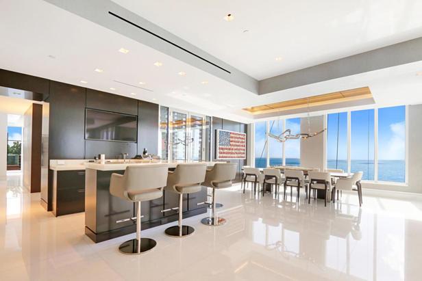 2700 N Ocean Drive #ph1a Real Estate Property Photo #2