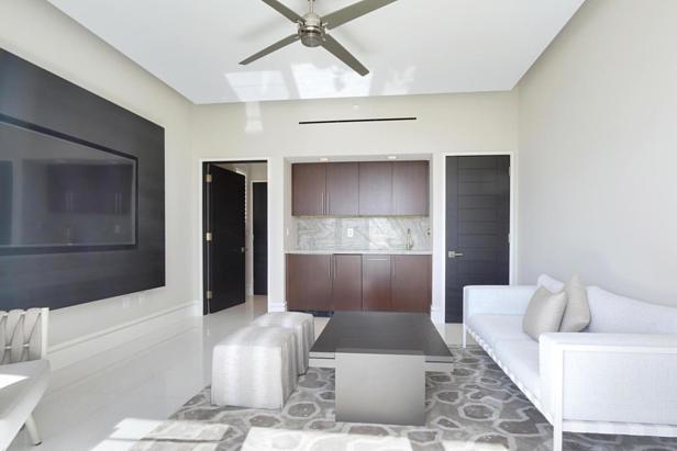 2700 N Ocean Drive #ph1a Real Estate Property Photo #17