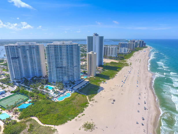 2700 N Ocean Drive #ph1a Real Estate Property Photo #19