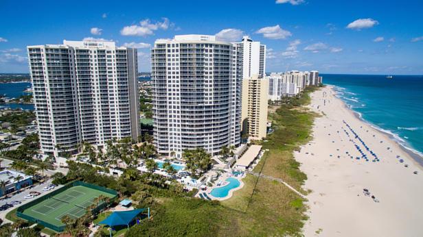 2700 N Ocean Drive  #1806b Real Estate Property Photo #1