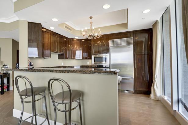 2700 N Ocean Drive  #1806b Real Estate Property Photo #9