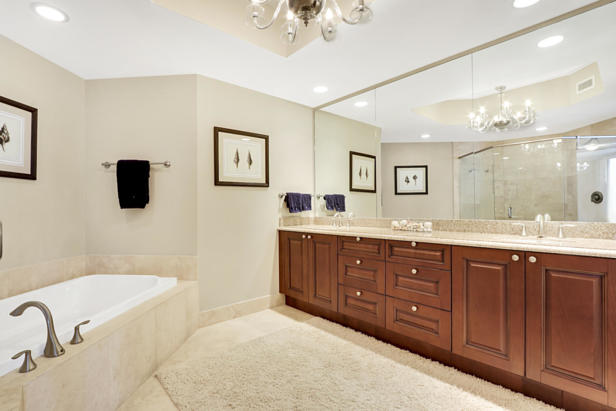 2700 N Ocean Drive  #1806b Real Estate Property Photo #12