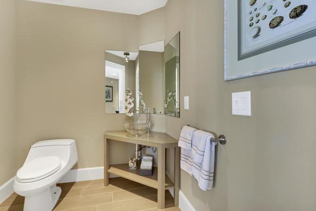 2700 N Ocean Drive  #1806b Real Estate Property Photo #15