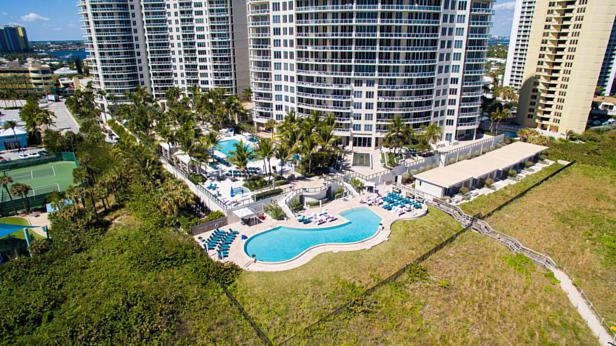 2700 N Ocean Drive  #1806b Real Estate Property Photo #37