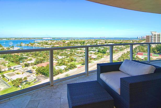 2700 N Ocean Drive  #1206b Real Estate Property Photo #4