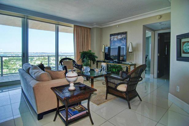 2700 N Ocean Drive  #1206b Real Estate Property Photo #16