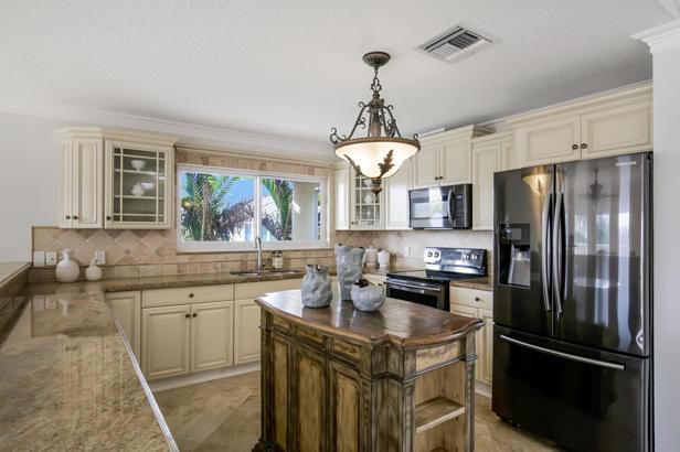 5880 N Ocean Boulevard  Real Estate Property Photo #4