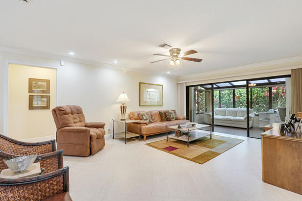 13876 Greensview Drive  Real Estate Property Photo #7