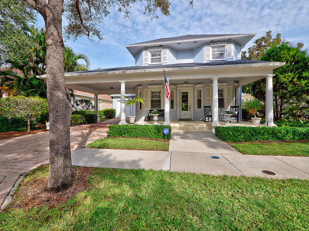 136 Sweet Bay Circle  Real Estate Property Photo #4