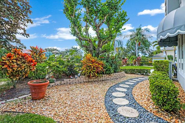 4 Sheldrake Circle  Real Estate Property Photo #5