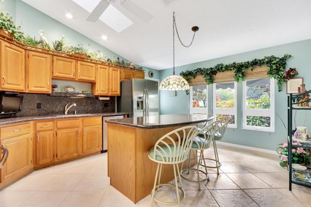 4 Sheldrake Circle  Real Estate Property Photo #12